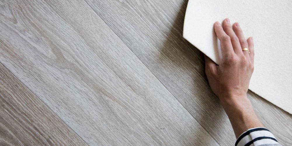 Jakou zátěž snese laminátová podlaha?