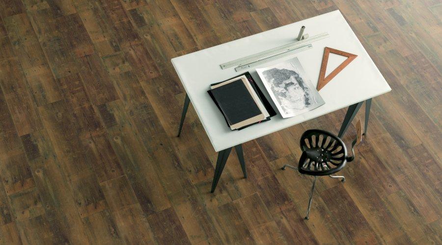 Jak správně na údržbu vinylové podlahy