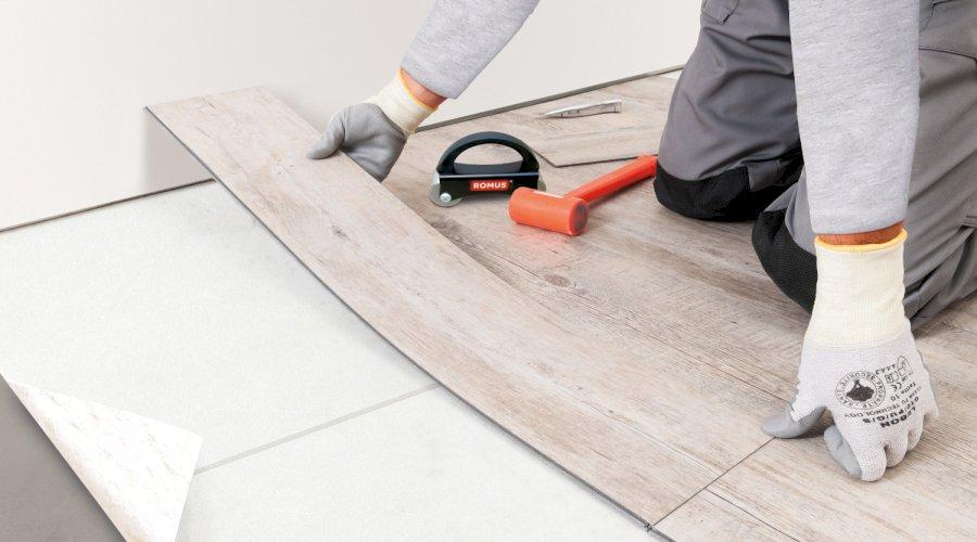 Lepená vinylová podlaha a jak na ní
