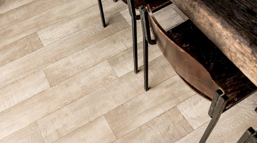 Nové podlahy pro byt i kanceláře